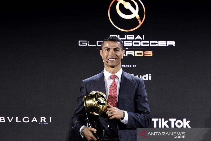 Cristiano Ronaldo tidak akan mendesak putranya untuk jadi pesepak bola