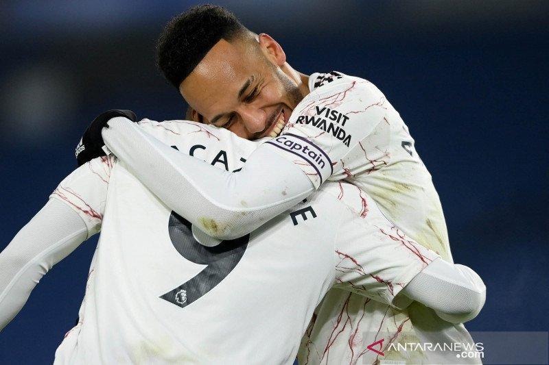"Liga Inggris - Arsenal menang 1-0 di markas Brighton berkat peran ""supersub"" Lacazette"
