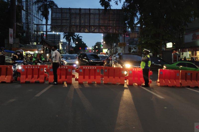 Penutpan jalan Raden Intan Bandarlampung