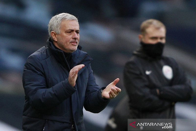 Jose Mourinho puji keberhasilan Spurs redam bahaya dan manfaatkan peluang