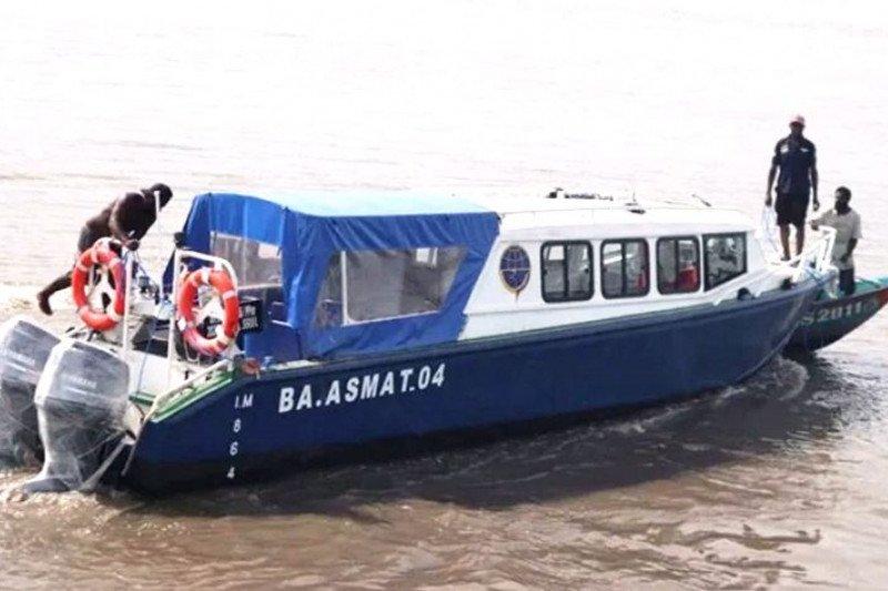 Lima bus air bantuan  Kemenhub segera dioperasikan di Asmat