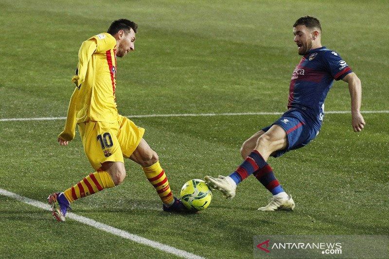 Barcelona tundukkan Huesca 1-0, Messi capai 500 laga Liga Spanyol