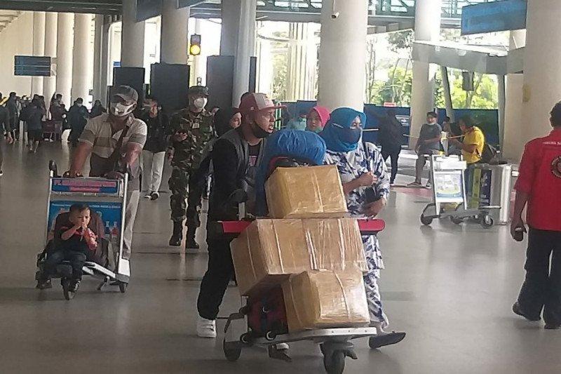 Penumpang udara balik Tahun Baru di Bandara Kualanamu tembus 17.170 orang