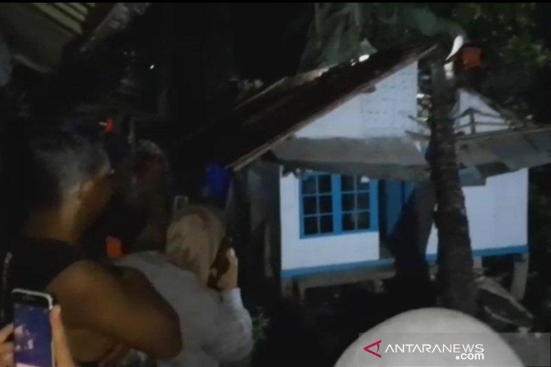 Angin kencang rusak 11 rumah warga di Tasikmalaya