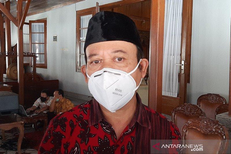 Achmad Husein siap jadi penerima vaksin pertama di Banyumas