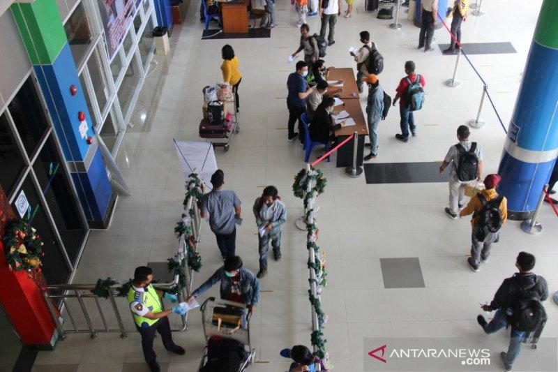 Penumpang Bandara Samrat selama Natal dan Tahun Baru turun 50 persen