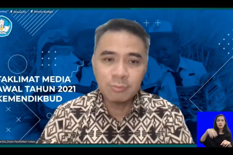 """Kemendikbud target 400 prodi vokasi yang  """"link and match"""" dengan industri"""