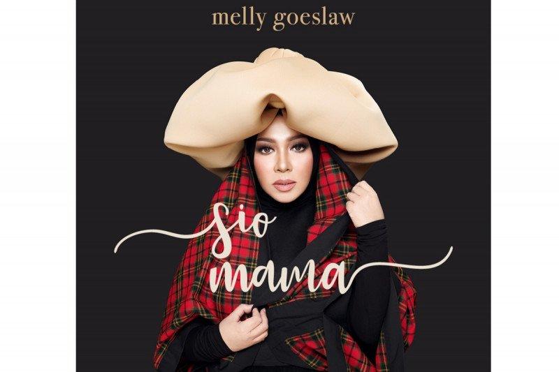"""Penyanyi Melly Goeslaw bawakan ulang lagu mendiang ayah """"Sio Mama"""""""