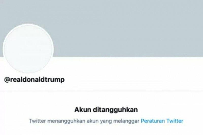 Khawatir terus menghasut, Twitter blokir akun Trump secara permanen