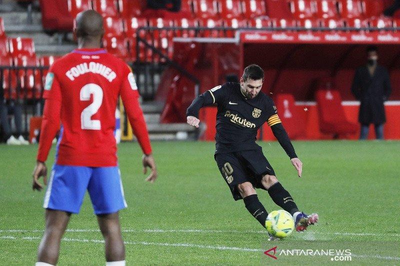 Messi cetak dua gol bantu Barcelona tumbangkan Granada 4-0