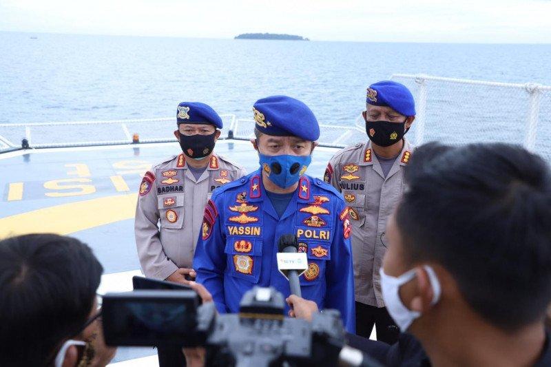 Ditpolairud Polri kerahkan 8 kapal dan 4 heli bantu pencarian pesawat