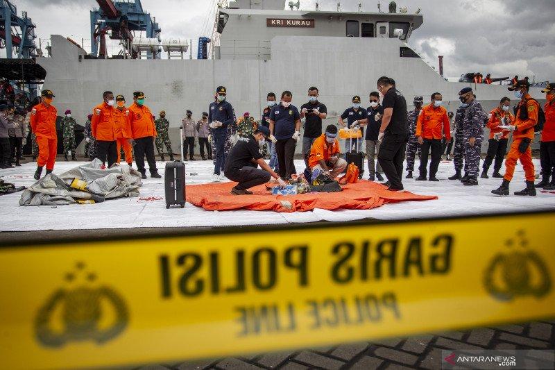 Panglima TNI pastikan titik jatuh Sriwijaya SJ-182 sudah ditemukan