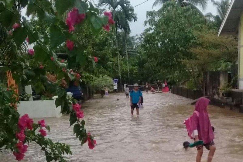150 rumah warga Bungus Teluk Kabung terendam banjir
