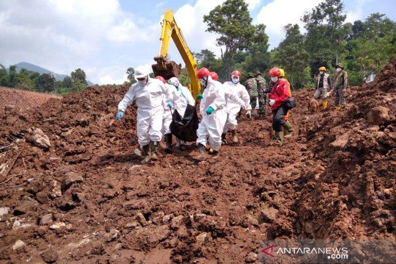 Tiga korban baru ditemukan dalam longsor Sumedang