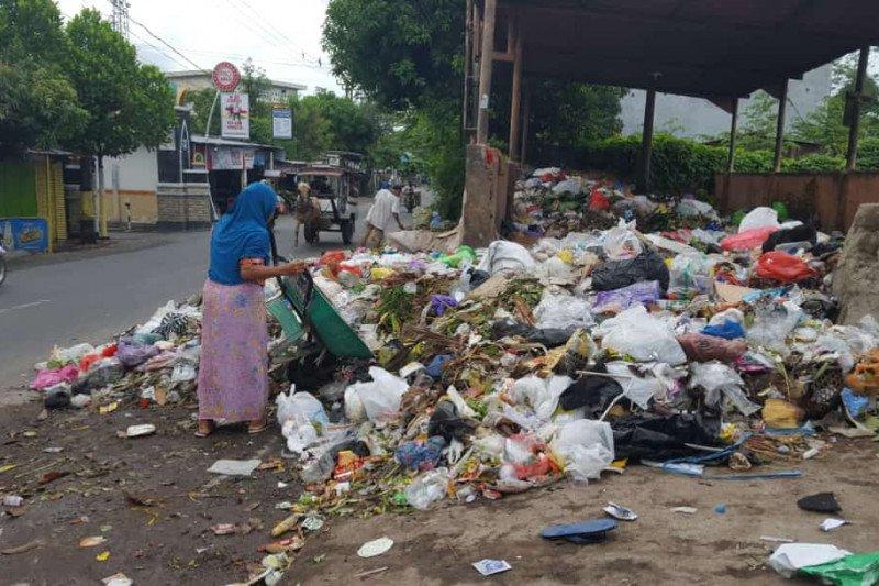 Pemkot Mataram pindahkan operasional TPS Ampenan