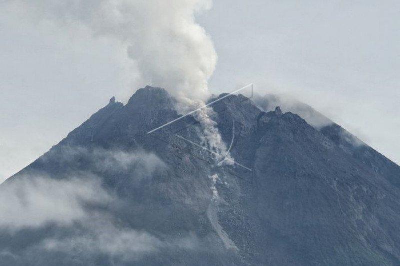 Dampak letusan Gunung Merapi dalam radius lima kilometer dari puncak