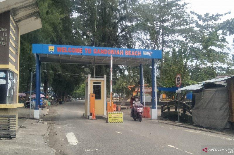 Pemkot Pariaman segera resmikan pos parkir elektronik di objek wisata
