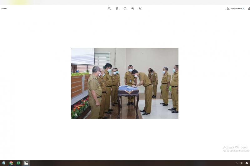 Sembilan pejabat Pemkab Pringsewu tandatangani pakta integritas