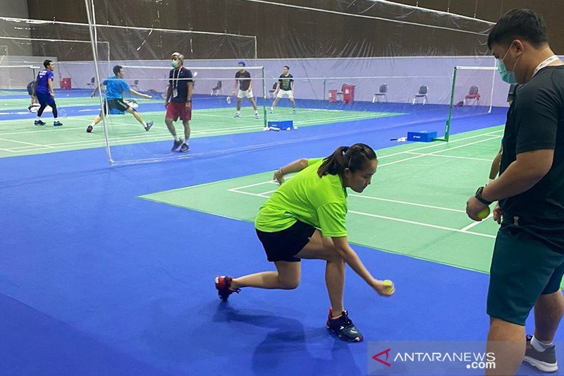 Enam wakil Indonesia berjuang ke semifinal turnamen bulu tangkis Thailand Open