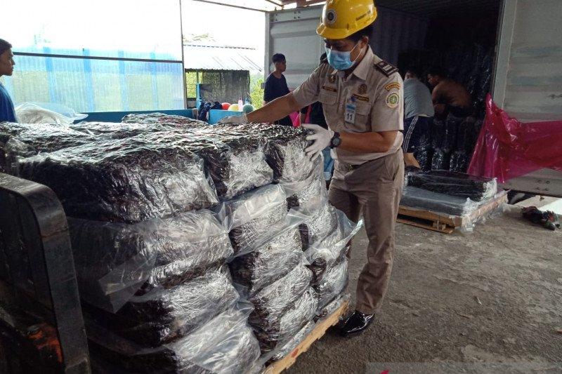 Ekspor karet lempengan Bintan  ke tiga negara