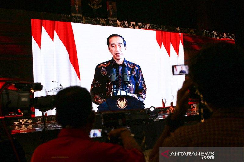 """Presiden Jokowi minta industri jasa keuangan jangan hanya melayani """"yang besar"""""""