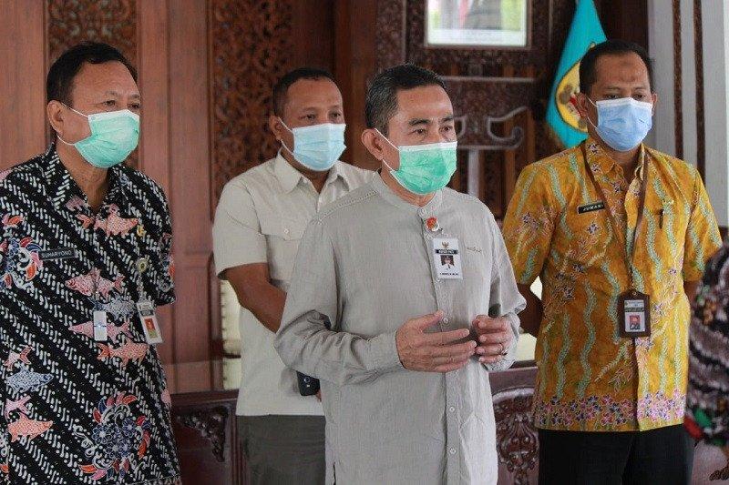 Terjaring operasi di tempat karaoke, PNS Pati diturunkan pangkatnya