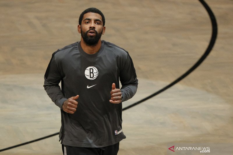 Hadiri pesta tanpa kenakan masker, NBA denda pebasket Kyrie Irving