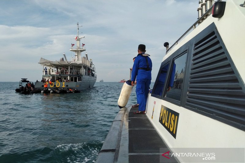 Penyelam tetap lakukan pencarian hingga hari terakhir SAR SJ-182