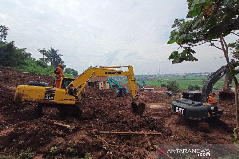 11 korban bencana tanah longsor di Sumedang masih dicari