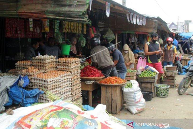 Pasar Tradisional Mamuju Mulai Terbuka