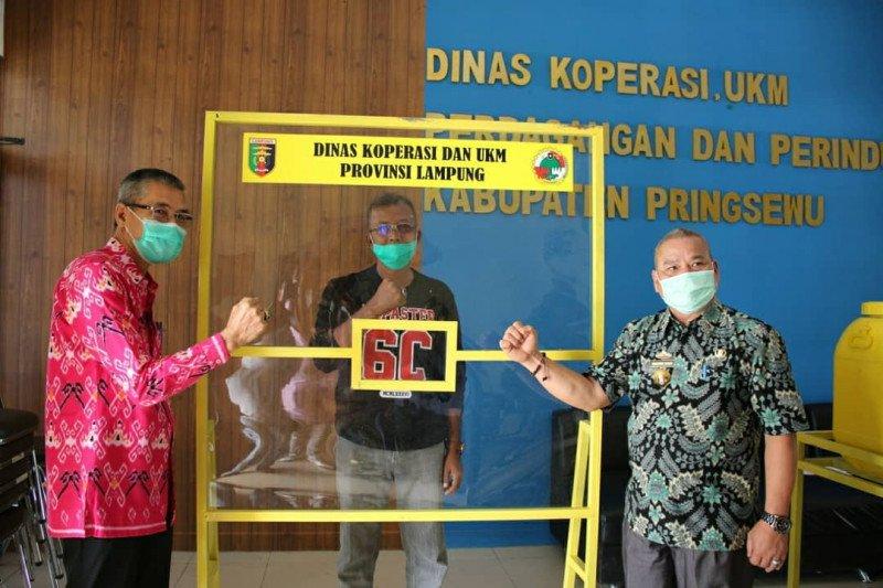 Pringsewu terima bantuan alat cuci tangan dan masker dari Pemrov Lampung