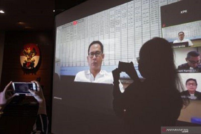 KPK eksekusi TCW dan Undang ke lapas Sukamiskin Bandung