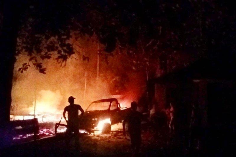Polisi selidiki terbakarnya rumah dan dua mobil di Bartim