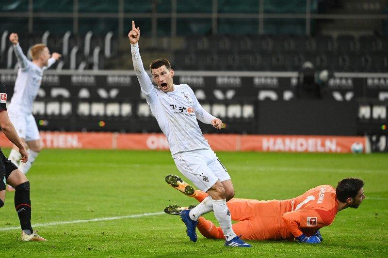 Elvedi buat Gladbach menang tipis 1-0 atas Bremen