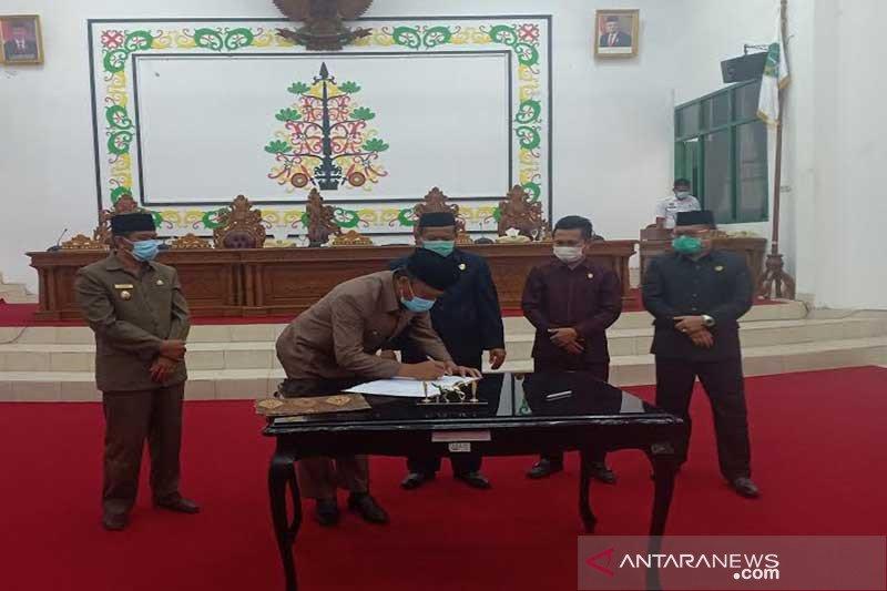 DPRD dan Pemkab Sukamara setujui raperda APBD tahun 2021