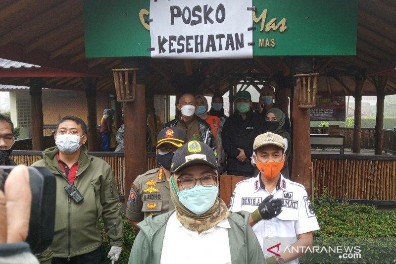 Cegah berkerumun, pengungsi Gunung Mas Bogor dibagi ke lima lokasi