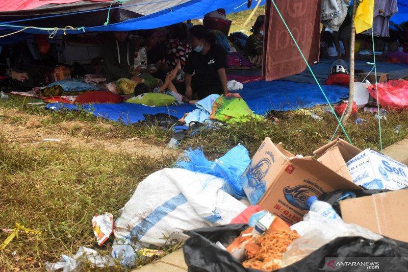 Balita dan anak di tenda pengungsian stadion Manakarra Mamuju mulai sakit