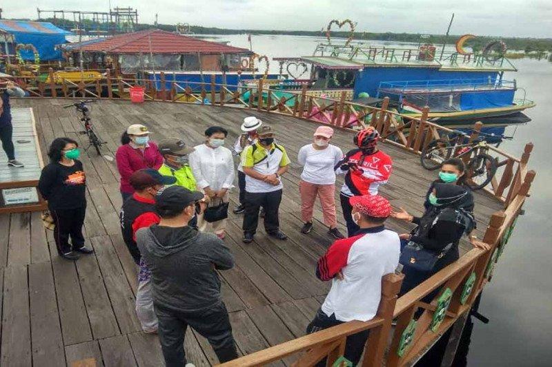 Komisi C DPRD Palangka Raya tinjau objek wisata air hitam
