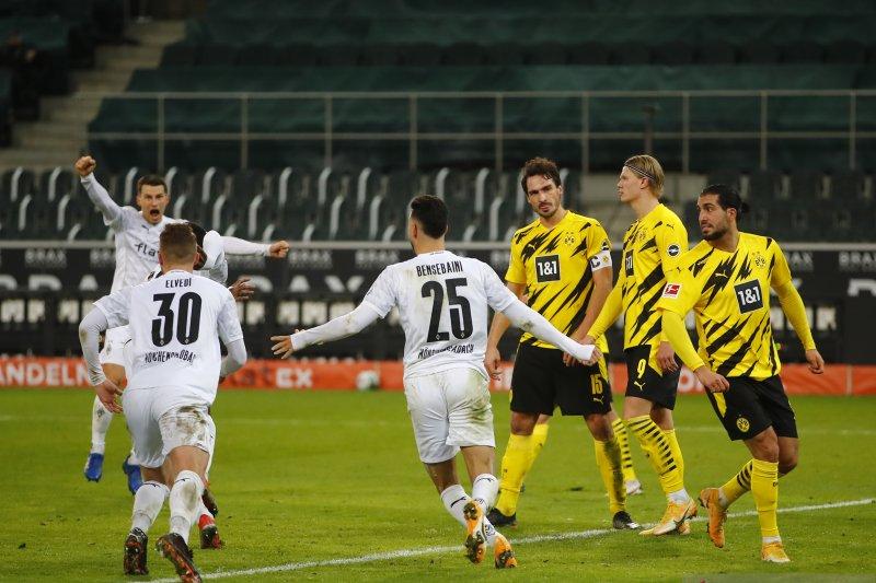 Gladbach terobos empat besar selepas menaklukkan Dortmund