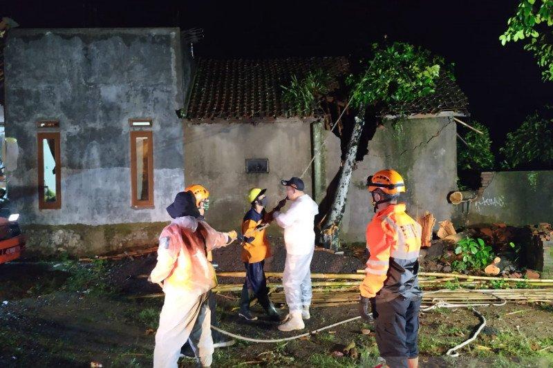 BPBD inventarisasi kerusakan akibat bencana di Tasikmalaya