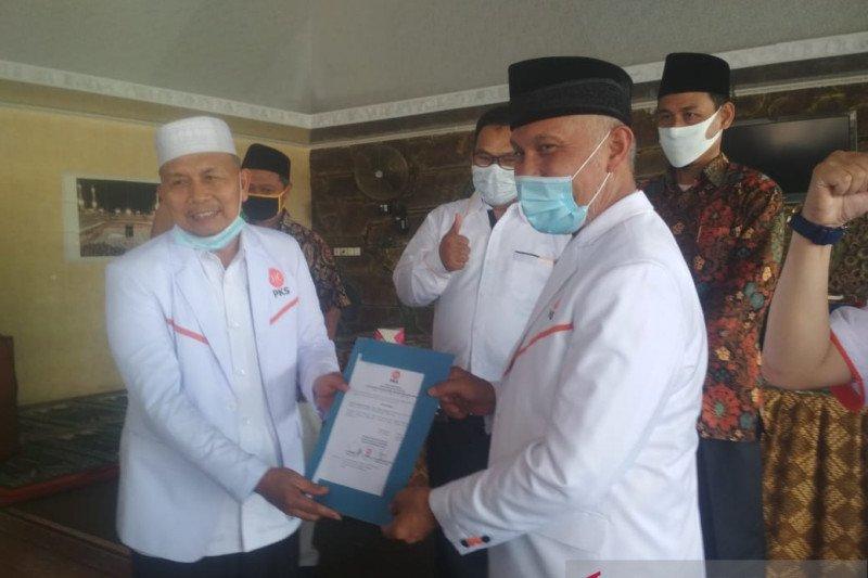 Bupati terpilih Pasaman Barat jabat Wakil Ketua MPW PKS Sumbar