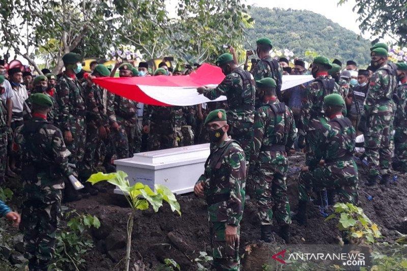 Praka Dedi Hamdani korban KKSB Papua dimakamkan di Lombok Tengah
