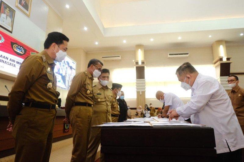 Gubernur Sulsel Nurdin Abdullah teken MoU SPAM Mamminasata senilai Rp669 miliar