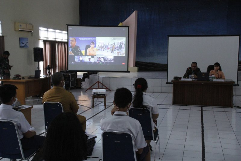 Lanudsri- SMA Pradita Nusantara sosialisasi kepada pelajar Manado