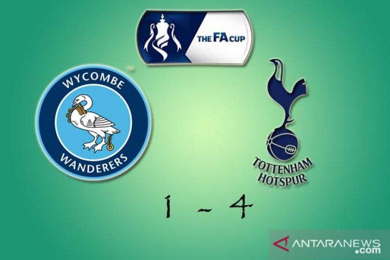 Winks dan Ndombele pastikan kemenangan Tottenham di kandang Wycombe 4-1