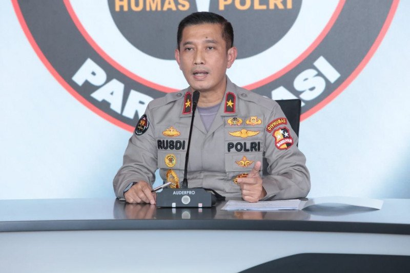 Polri bantah adanya perwira Polri yang menganggur