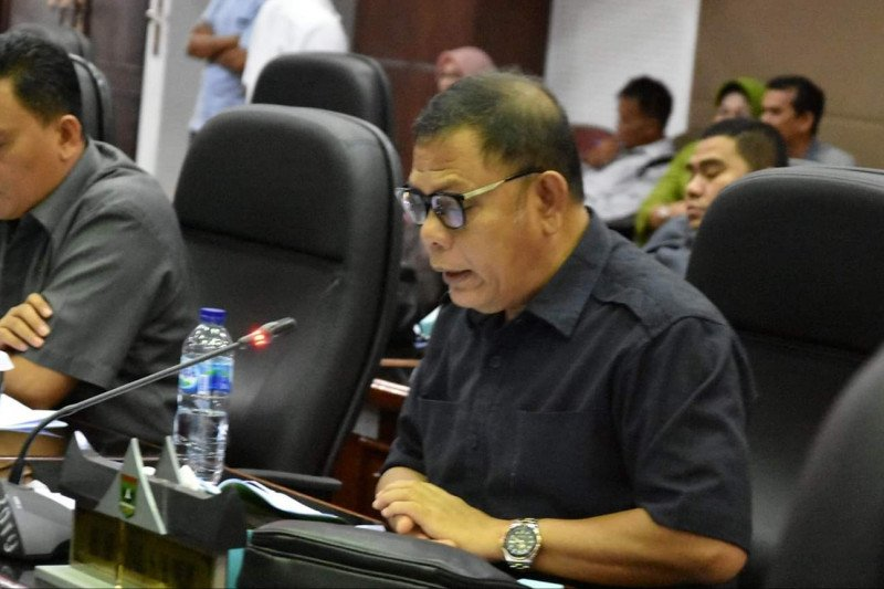 Afrizal sebut persoalan lahan hambat investasi di Sumatera Barat