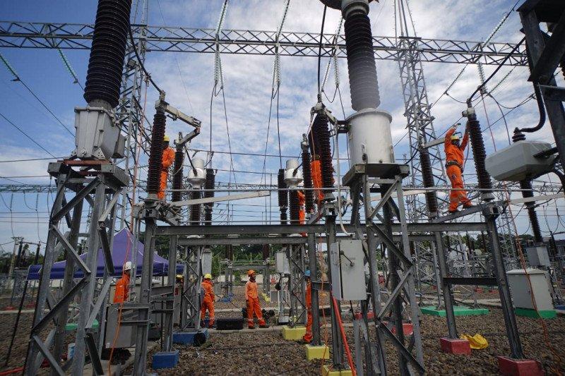 Kebijakan larangan mudik dorong  peningkatan beban listrik