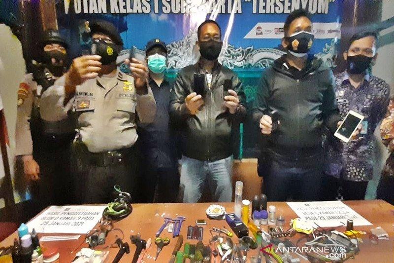 Razia di Rutan Surakarta, tim.gabungan temukan benda-benda terlarang