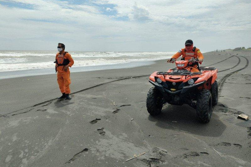 Penambang pasir terseret arus Sungai Opak Bantul belum ditemukan